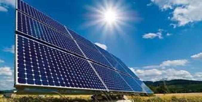 تولید هزار مگاوات برق خورشیدی تا پایان امسال