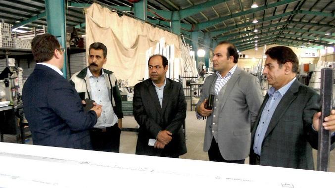 بازدید مدیران شرکت سیندژ از گروه صنعتی عایق کویر یزد